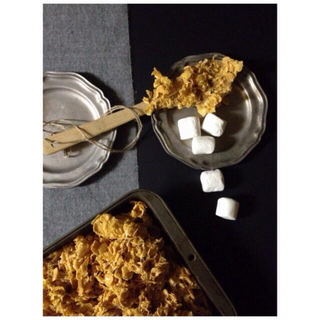 Mallowy Corn Flake Treats